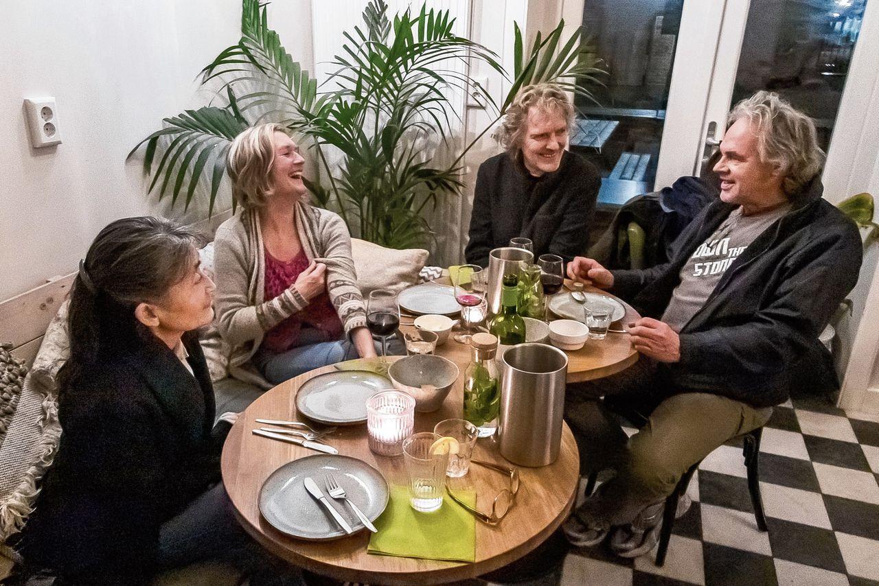 Samen eten in een buurthuis